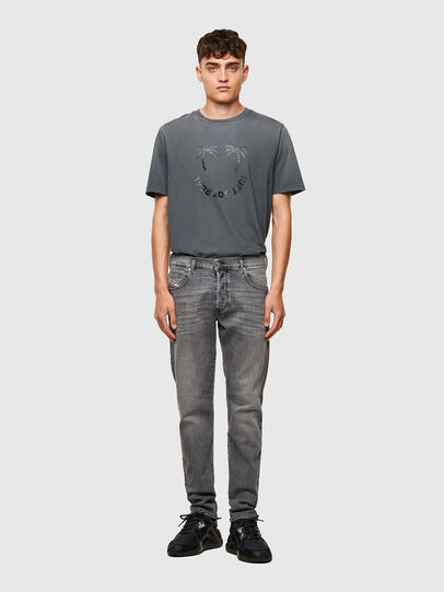 Diesel - D-Yennox 09A10, Light Grey - Jeans - Image 5