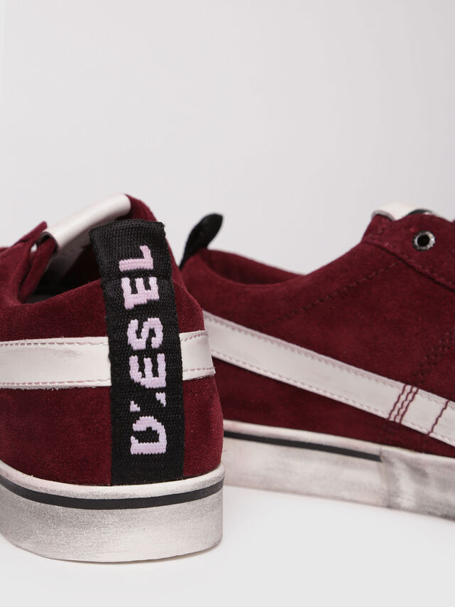 Diesel - D-VELOWS LOW LACE, Red - Sneakers - Image 4
