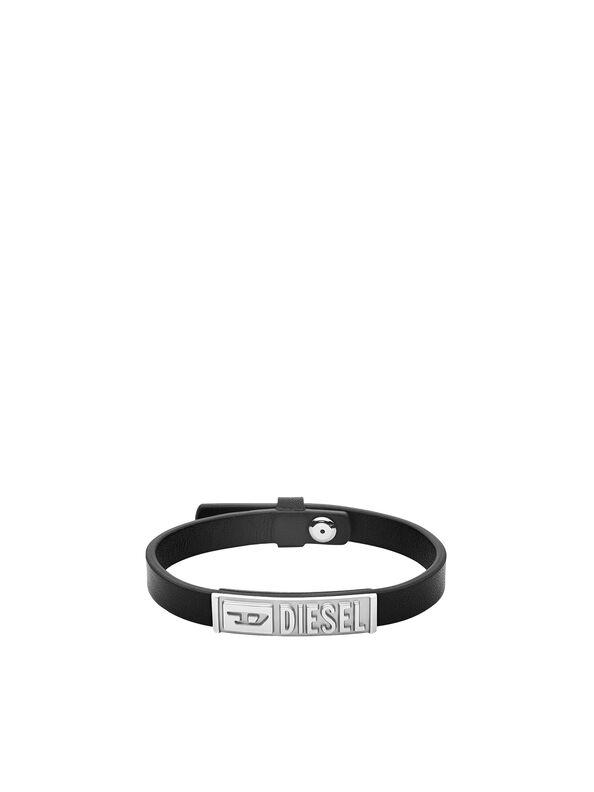https://nl.diesel.com/dw/image/v2/BBLG_PRD/on/demandware.static/-/Sites-diesel-master-catalog/default/dw895c5118/images/large/DX1226_00DJW_01_O.jpg?sw=594&sh=792