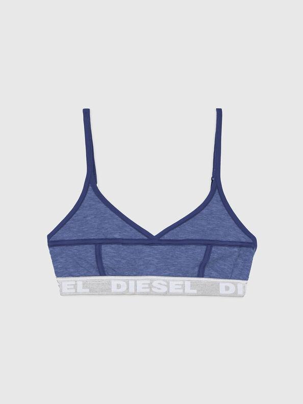 https://nl.diesel.com/dw/image/v2/BBLG_PRD/on/demandware.static/-/Sites-diesel-master-catalog/default/dw92037d20/images/large/A03195_0QCAY_8AR_O.jpg?sw=594&sh=792