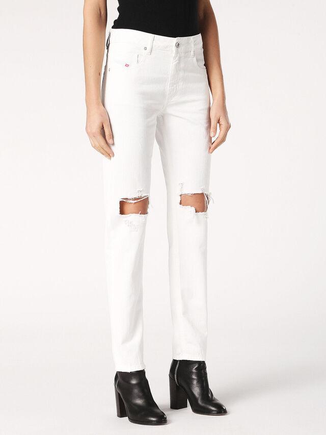 NEEKHOL 0699F, White