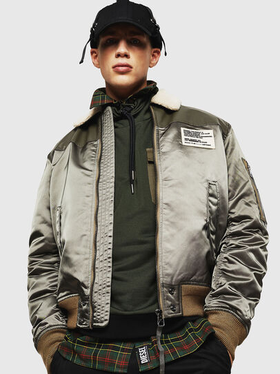 Diesel - W-FEDOVIK, Military Green - Winter Jackets - Image 3