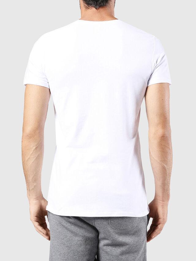 UMTEE-RANDAL, White