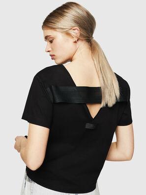 T-RYLY, Black - T-Shirts