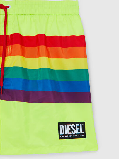 Diesel - BMBX-WAVE 2.017-P, Green Fluo - Swim shorts - Image 3