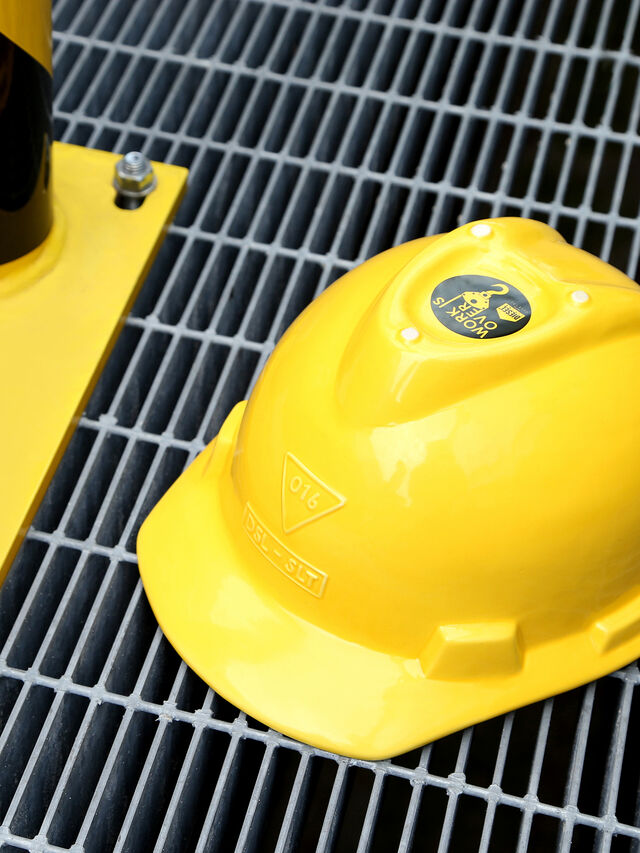 Living 11057 WORK IS OVER, Yellow - Home Accessories - Image 8